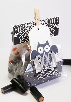 Howl-O-Ween Treat, Boo To You, Happy Haunting DSP, Happy Haunting Designer Washi Tape,  Black Glimmer Paper, Spider Web Doilies - Inge Groot-