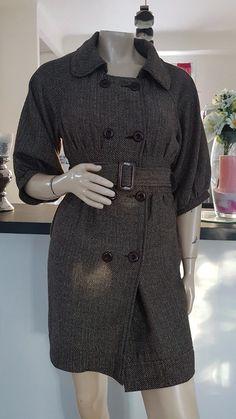 aa9a6ea268aa Très joli manteau avec ceinture taille 38   40 marron en très bon état à la