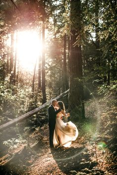 Intimate romantic forest elopement on the Big Sur coast of California with breathtaking ocean views Wedding Picture Poses, Wedding Poses, Wedding Photoshoot, Wedding Shoot, Wedding Couples, Wedding Pictures, Big Sur Wedding, Wedding Ceremony, Wedding Ideas