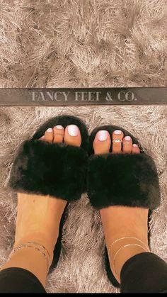 Feet Soles, Women's Feet, Toe Tattoos, Long Toenails, Gorgeous Feet, Beautiful, Toe Nail Color, Summer Feet, Wax Hair Removal
