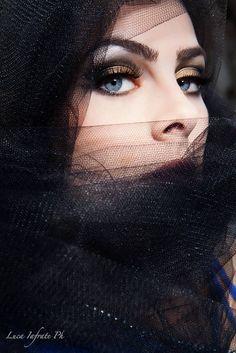 PH: Luca Iafrate Ph Model: Valentina Laurenti MUA: Maria Federica Rotondi Hair Stylst: Alessia Rotondi
