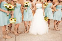 Wedding country shabby chic with tiffany blue bridesmaid dresses and sunflower bouquets. Other than the boots, I think I finally found something that is pretty close to what I imagine in my head. wow... finally lol