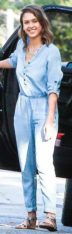 Who made  Jessica Alba's gold jewelry, blue denim jumpsuit, and silver flat sandals?