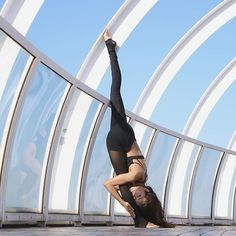 Alo Yoga Mesh Goddess Legging #yoga #yogainspiration