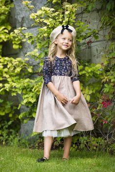 Cute flowered dress from cotton/linen. #dress #cutedress #cutegirl #beret #girldress #dressforgirl #girl #spring #springdress #flower #flowerdress #pink #bow #kids #kidsdress #kidsfashion #kidswear #kidsclothing