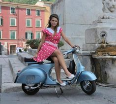 All things Lambretta & Vespa, well all things if they are pictures. (and perhaps the odd other thing that catches my eye from time to time including occasional adult content! Lambretta Scooter, Scooter Motorcycle, Vespa Scooters, Motorcycle Girls, Motorcycle Quotes, Vintage Vespa, Vespa Girl, Scooter Girl, Biker Girl