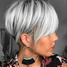 56 Perfect And Cool White Pixie Haircut Fine Ideas For Fashion Woman Shaved pixie short haircuts, pi Pixie Haircut Fine Hair, Bob Hairstyles For Fine Hair, Haircut For Thick Hair, Short Pixie Haircuts, Haircuts With Bangs, Short Hairstyles For Women, Short Hair Cuts, Short Hair Styles, Thin Hair