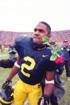 Charles Woodson one of Michigan best players Michigan Athletics, Michigan Ohio, Michigan Go Blue, Michigan Wolverines Football, Oakland Raiders Football, College Football Teams, Um Football, Football Things, Ncaa College