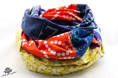 Ein schwarzes Kleid aufpeppen? Das geht ganz einfach. Schöne Tücher und Schals sind immer perfekte Accessoires. Zum Beispiel der Patchwork - Loop-Schal aus der Lieblingsmanufaktur - Dein Lieblingsstück für den Alltag auf DaWanda.com