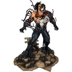 Can you smell what the Brock is cooking? Peter Parker-hating Eddie Brock reunites with his partner in hate, the alien symbiote, to become Venom once more in the latest Marvel Gallery PVC Diorama! Measuring approximately 9 inches tall, this sculpt Marvel Comics, Venom Comics, Marvel Vs, Marvel Venom, Chibi Batman, Collection Marvel, Capitan America Marvel, Marvel Diamond Select, Spiderman