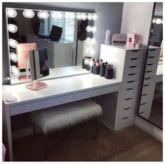 Makeup studio room ideas makeup studio decor ideas beauty room in home decorators collection blinds warranty . Room Ideas Bedroom, Decor Room, Bedroom Decor, Home Decor, Bedroom Modern, Big Mirror In Bedroom, Master Bedroom, Beauty Room Decor, Bedroom Table
