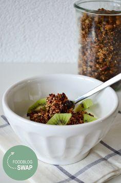 Granola with Quinoa #healthy #food #DIY #breakfast