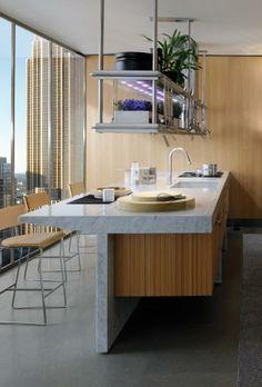 Lignum et Lapis, Italian Arclinea Wooden Kitchen, Diy Kitchen, Kitchen Interior, Kitchen Views, Minimalist Kitchen, Modern Kitchen Design, Commercial Interiors, Cool Kitchens, House Design