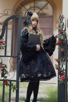 HARAJUKU STREET☮JAPANESE FASHiON••• gothic lolita ~ dress ~ gate ~ roses ~ flowers ~ blonde hair ~ headdress ~ cute ~ kawaii