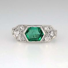 Stunning 1930's Hexagonal Emerald & Old Mine Cut Diamond Ring Platinum | Antique & Estate Jewelry | Jewelry Finds