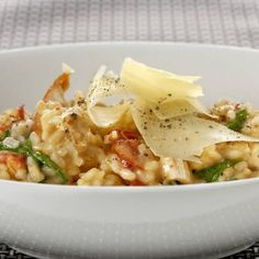 Collect this Creamy Chicken and Sundried Tomato Risotto recipe by Perfect Italiano. MYFOODBOOK.COM.AU   MAKE FREE COOKBOOKS