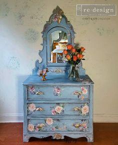 Historic Charleston Sc, Chalk Paint Furniture, Beautiful Lines, Furniture Companies, Vintage Furniture, Restoration, Oriental, Tapestry, Annie Sloan