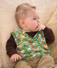 Knit this easy vest to keep baby boy looking very dapper wherever he may go. Of course, a girlie colour would change this vest into a baby girl fashion piece.