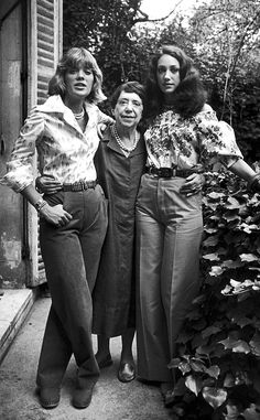 Elsa Schiaparelli with her granddaughters Berry and Marisa Berenson. This image shows Schiap in a more maternal role being surrounded by family instead of posing in front of the cameras or in a work setting . This is rare because most of her time was spent working out in the field and not being a mother and grandmother | House of Beccaria#