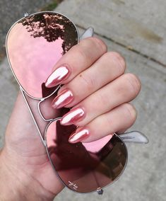 Rose gold chrome nails Mirror manicure