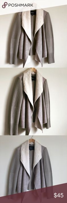 BNCI Faux-Fur Coat! Lightly used, very well taken care of. No rips, stains. *Pet/Smoke free home. XL blanc noir Jackets & Coats
