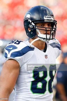 Seattle Seahawks tight end Jimmy Graham (88) during the NFL game between  the Seattle 0980114ac