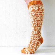 Ravelry: Taimitarhan Syyssukat pattern by Niina Laitinen Fair Isle Knitting, Knitting Socks, Knit Socks, Chart Design, Mittens, Ravelry, Slippers, Pattern, Knits