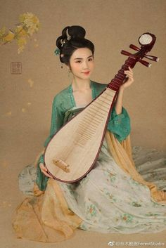Desert Rose, Asian Art, Female Art, Disney Characters, Fictional Characters, Snow White, Disney Princess, Women, Woman Art