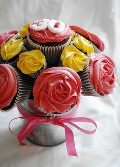 30th Birthday Cupcake Bouquet