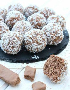 Nutellabollar3 Best Dessert Recipes, Fun Desserts, Grandma Cookies, Yummy Treats, Yummy Food, Homemade Sweets, Just Bake, Nutella Recipes, Candy Cookies