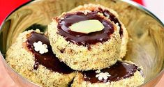 Opilé cukroví: provoňte si domov rumem a koňakem - iDNES.cz Czech Recipes, Russian Recipes, Christmas Cookies, Sweet Recipes, Cheesecake, Food And Drink, Xmas, Cooking Recipes, Sweets