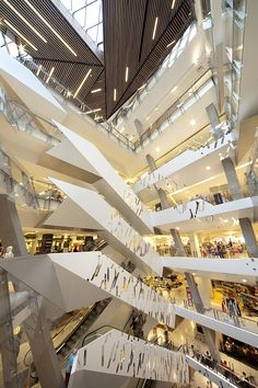 Image 15 of 24 from gallery of Myer Bourke Street Redevelopment / NH Architecture. Photograph by John Gollings Dynamic Architecture, Melbourne Architecture, Retail Architecture, Australian Architecture, Commercial Architecture, Architecture Photo, Amazing Architecture, Contemporary Architecture, Shopping Mall Architecture