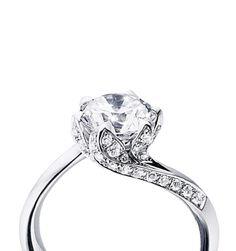 Tomasz Donocik Lilly pad ring,18K White gold and diamond