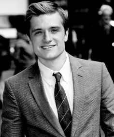 When did I start being oddly attracted to Josh Hutcherson?!