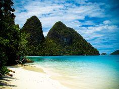 Raja Ampat, Papua, Indonesia. #travel #beach