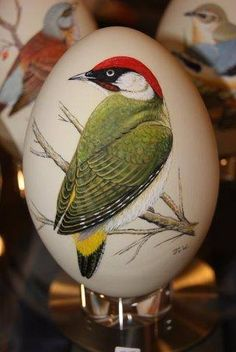 Rock And Pebbles, Faberge Eggs, Egg Art, Rock Art, Painted Rocks, Easter Eggs, Decoupage, Projects To Try, Paper Crafts