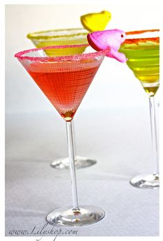Peeptini    Ingredients  4 fluid ounces fresh lemon juice  2 fluid ounces vodka  1 teaspoon white sugar  crushed ice  ** Combine ingredients in mixing glass, shake well, and pour into martini glass. Garnish with Peep.