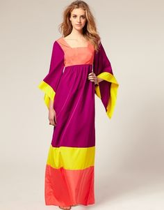 http://raredelights.com/wp-content/uploads/2011/09/Color-Blocking-The-Hottest-Trend-in-Fashion-1.jpg