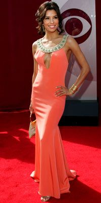 Eva Longoria - love the dress, & the color