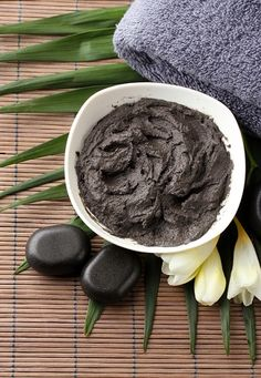 Ancient Skin Care Secret Revealed | John Douillard's LifeSpa 2 tablespoons chickpea (garbanzo bean) flour 1/4 teaspoon Triphala powder 1/8 teaspoon Turmeric 1/4 teaspoon of dried Neem or mint leaves (if using fresh leaves – use 1/2 tablespoon of mashed leaves and mix into your paste) Instructions in the comments of the article.