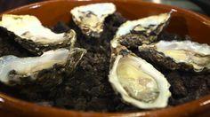 Sieberen Meerema - Oesters Gillardeau uit de oven met wilde spinazie