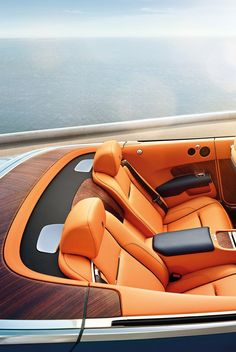 leManoosh collates trends and top notch inspiration for Industrial Designers, Graphic Designers, Architects and all creatives who love Design. Car Interior Design, Yacht Interior, Speed Boats, Power Boats, Base Nautique, Car Interior Upholstery, Royce Car, Volvo C70, Runabout Boat