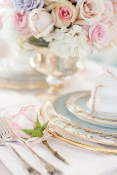 """Say the name """"Marie Antoinette"""" and immediately visions of opulent design and gorgeous gowns pop into your head. So starting off the week with a Marie Antoinette-inspired shoot fr. Beautiful Table Settings, Wedding Table Settings, Place Settings, Marie Antoinette, Rose Quartz Serenity, Wedding Dinner, Wedding Reception, Rose Cottage, Deco Table"""