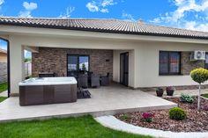 Beautiful House Plans, Beautiful Homes, Modern Front Yard, Villa, Backyard Pergola, Bedroom House Plans, House Entrance, Small House Design, Home Design Plans