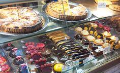 Alain Yheul: een klassiek Boulangerie/ patissier in Le marais .... lekkerste gebak in Parijs           Adres: 11 rue Jean Lantier Paris, Frankrijk  Tel: +33 142 366 53 13