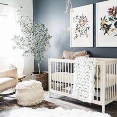 Quadro para quarto de criança com motivos florais #quadros #quartodebebê