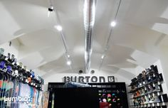 LED Track lights Lumbio for Burton shop