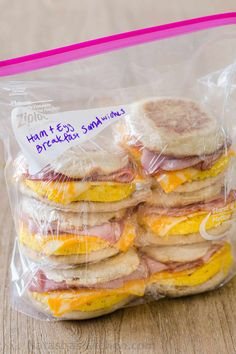 Make-Ahead Freezer Breakfast sandwiches are perfect for busy mornings and ideal for camping! Freezer-friendly breakfast sandwiches is breakfast meal prep. | #breakfastsandwiches #freezerbreakfastsandwiches #breakfastmealprep #mealprep #mealplanning #breakfast #freezerfriendlymeals #natashaskitchen Breakfast Desayunos, Homemade Breakfast, Breakfast Casserole, Meal Prep For Breakfast, Campfire Breakfast, Healthy Make Ahead Breakfast, Ham Casserole, Mexican Breakfast, Freezer Cooking