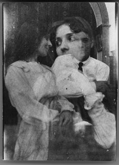 Amadeo de Souza Cardoso e Lucie de Souza Cardoso (1915) Overlay of images of Amadeo and Lucie. Manhufe (Amarante, Portugal).  Capture date: 1915.
