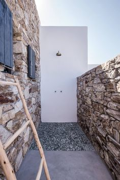 Beautiful. Simple. Streamlined. This is how we would describe this breathtaking summer home on the island Antiparos in Greece. It is perfect for a relaxed summer vacation.